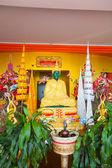 Emerald Buddha in Pagoda of  Tha Ton Temple, Thailand. — Stock Photo