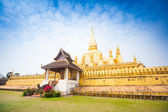 Golden Wat Thap Luang in Vientiane, Laos — Stock Photo