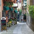 Narrow street in Bellagio — Stock Photo