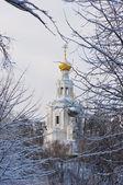 Russische kerk in de winter — Stockfoto