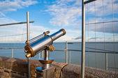 Teleskop på synvinkel på mont saint-michel, Frankrike — Stockfoto