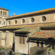 Old basilica near west entrance in Carcassonne, France — 图库照片