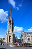 Belltower of Saint-Michel Basilica (14th-16th ct.), UNESCO herit — Stock Photo
