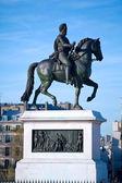 Statue of Henri IV, Paris, France — Stock Photo
