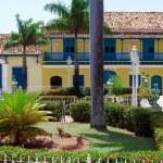 Paint gallery Casa-De-Rafael-Ortis, Trinidad, Cuba — Stock Photo #12882816