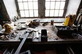 Viejas herramientas vintage en la mesa — Foto de Stock