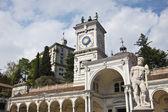 Clock Tower and statue in Piazza della Libertia, Udine, Italy — Stock Photo