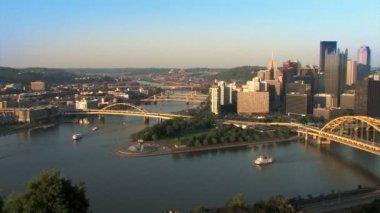The Pittsburgh skyline — Stock Video