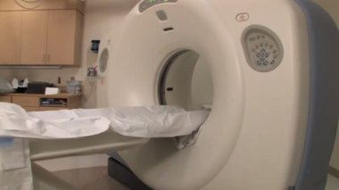 Mri, ct, pet scanner. — Stok video