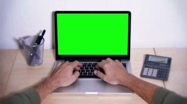 Green Screen Laptop — Stok video