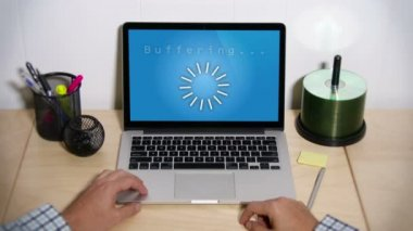 Buffering Laptop — Stock Video