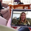 Video Chatting on Tablet PC — Vídeo de stock
