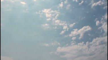 Cielos nublados — Vídeo de Stock