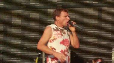 Vopli Vidopliassova live performance at the rock festival The Best City — Stock Video
