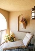 Krzesło na werandę lub balkon — Zdjęcie stockowe