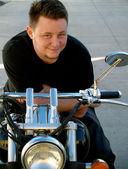 Uomo su una moto — Foto Stock