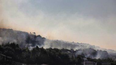 Lucha contra el fuego del aire — Vídeo de stock