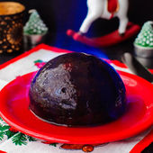 Flambeed Christmas Pudding — Stock Photo