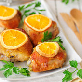 Roast Chicken with Oranges — Stock Photo