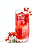 Bebida refrescante corriente roja — Foto de Stock
