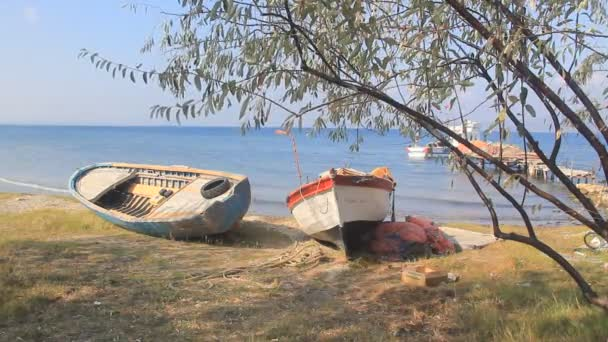 Barco de pesca, Dardanelos — Vídeo de stock