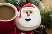 Santas cookie and a cup of coffee — Stock Photo
