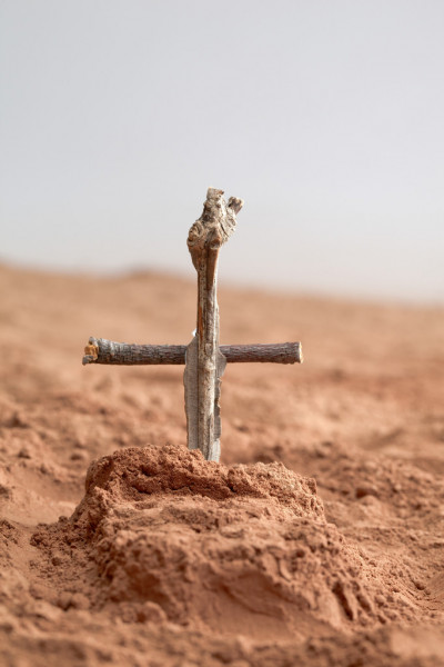 Grave of a soldier — Stock Photo #14090590