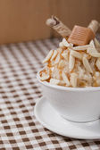Nutty caramel ice cream closeup — Stock Photo