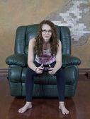 Teen girl gaming — Stock Photo