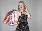 Mujer con teléfono celular — Foto de Stock