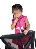 Cute dziewczynka jedzenie lizak — Zdjęcie stockowe