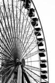 Low angle image of ferris wheel at amusement park — Stock Photo