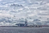 View of aircraft carrier at the norfolk virginia naval base — Stock Photo