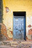 Sun lit door — Stock Photo