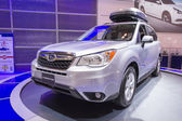 2013 subaru forest suv truck grey with roof rack 2 — Stock Photo