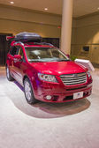 2013 Subaru Outback red suv truck image roofrack — Zdjęcie stockowe