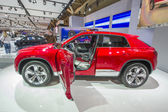 2013 volkswagen coupe czerwony krzyż — Zdjęcie stockowe