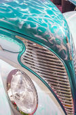 Classic cars at the car show — Stock Photo