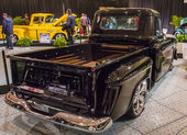 Classic truck at the car show — Zdjęcie stockowe