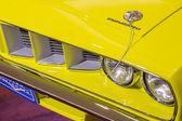 Plymouth baracuda 383 silnika samochodu — Zdjęcie stockowe
