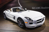 2014 Mercedes Benz SLS AMG Roadster Convertable Car White — Fotografia Stock