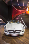 2014 Mercedes Benz SLS AMG Roadster Convertable Car White — Zdjęcie stockowe