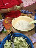 Terengganu, Malaysia : Ketupat palas, a special food prepare normally for Eid celebration. — Stock Photo