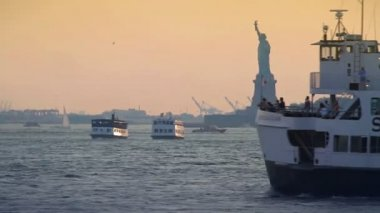 Skyline sunset, Statue of Liberty — Stock Video