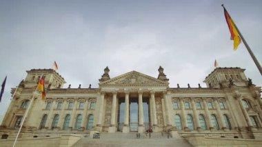 Reichstag building in Berlin — Stock Video