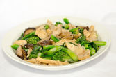 Stir-fried broccoli, mushrooms — Stock Photo