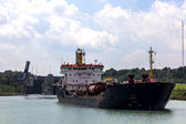Tanker leaves lock on the Welland Canal — Foto de Stock