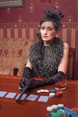 A mulher em estritas roupas em um estilo retro 30-th — Fotografia Stock
