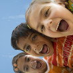Children shouting — Stock Photo