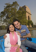Couple enjoying boating — Stock Photo